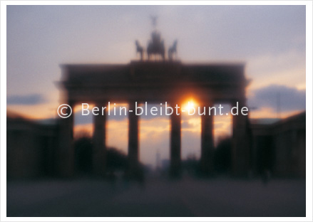 Postkarte GS-108 / Berlin-Brandenburger Tor