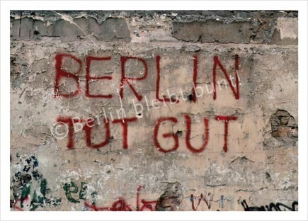 postcard 234 /Berlin Tut Gut