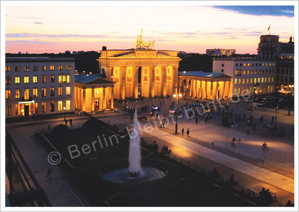 Postkarte GS - 305 / Berlin - Brandenburger Tor