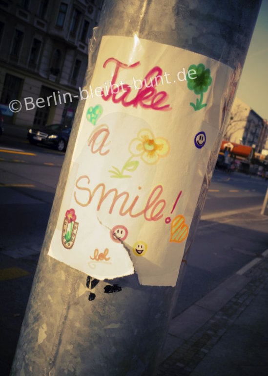 Postkarte GS-334 / Berlin smiles